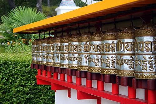 Ruedas de oracion en Dag Shang Kagyu