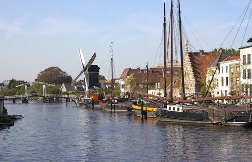Canales en Leiden