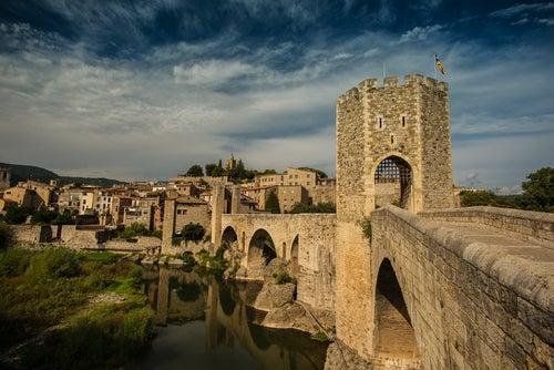 Besalú en Cataluña, un viaje en el tiempo