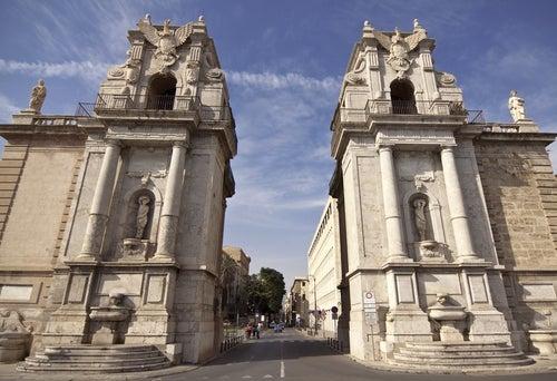 Porta Felices en Palermo