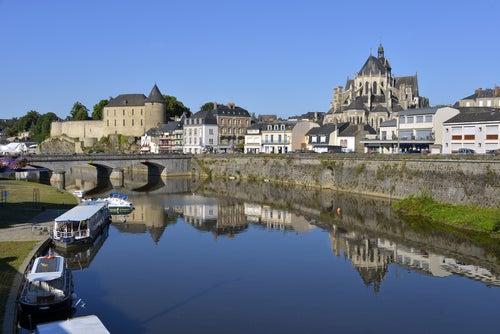 Río Loira en Mayenne