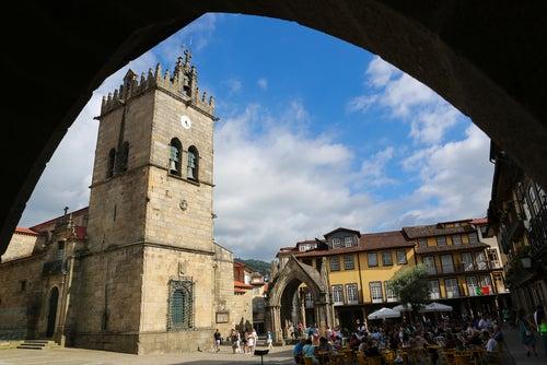 Iglesia de Nuestra Señora de Oliveira en Guimaraes