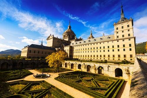 El Escorial, uno de los pueblos de Madrid que hay que visitar