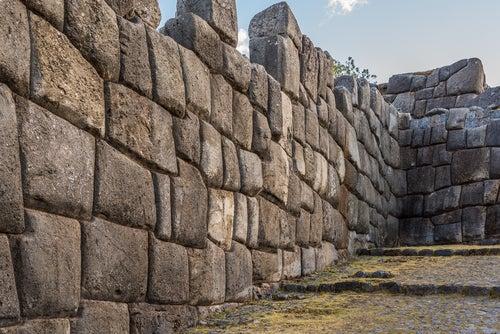 Muros de Sacsayhuamán