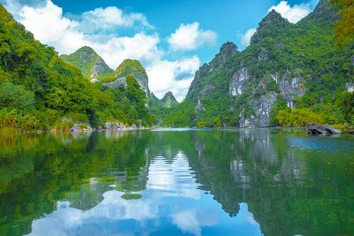 Los espectaculares paisajes de Trang An en Vietnam