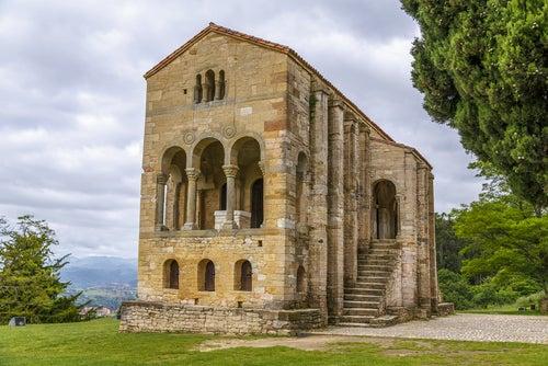 Santa María del Naranco en el Principado de Asturias
