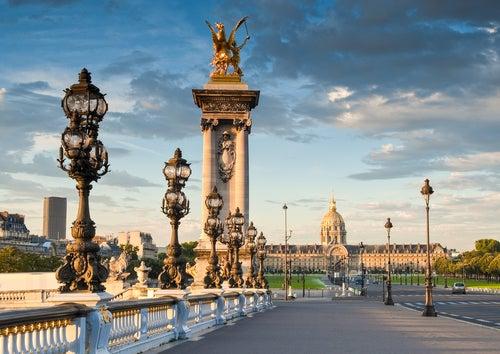 Columnas del puente Alejandro III