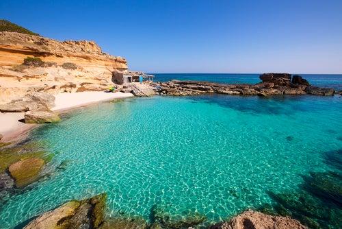 Playa de Es Caló en Formentera