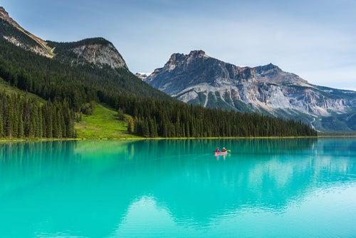 Lago Esmeralda en Canadá