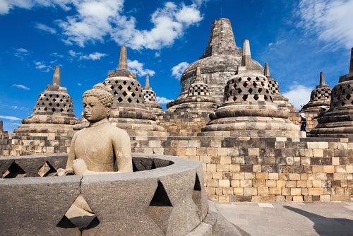 Figura de Buda en Bodobudur