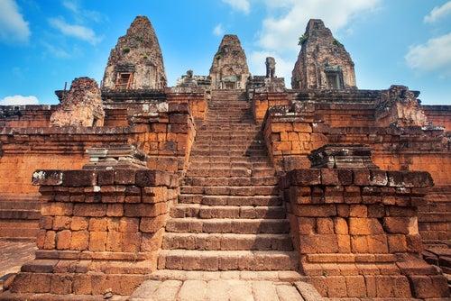 Escaleras en Angokor Wat