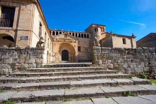 Iglesia de Santillana del Mar
