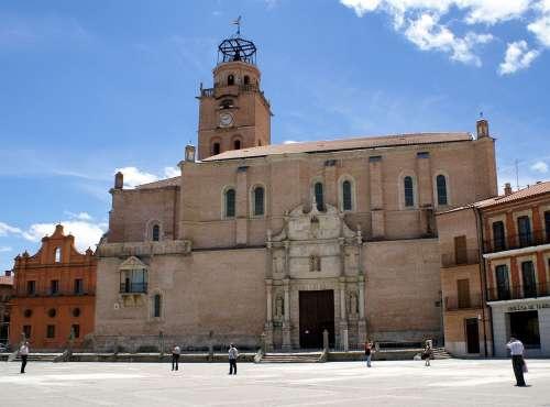 Colegiata de San Antolín en Medina del Campo