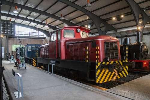 Locomotora del Museo del Ferrocarril de Asturias