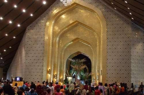 Sala de banquetes de Istana Nurul Iman