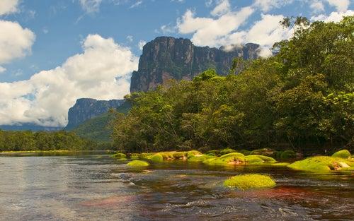 El Parque Nacional de Canaima es uno de los mejores lugares de Venezuela.
