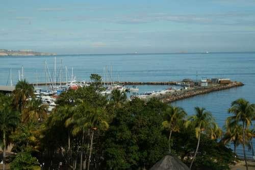 Puerto La Cruz en Venezuela.