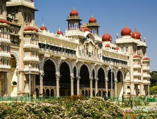 Fachada del palacio de Mysore