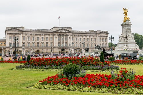 El bello Palacio de Buckingham en Londres