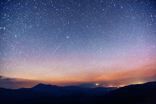 10 lugares únicos en España para ver lluvias de estrellas