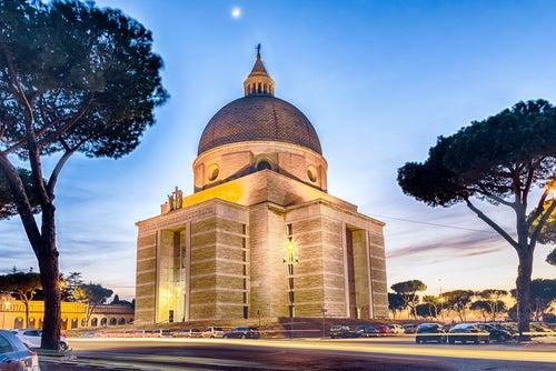 Iglesia de San Pedro y San Pablo en Roma