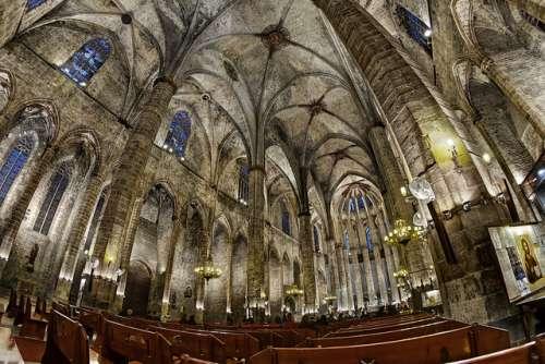 Interior de Santa María del Mar