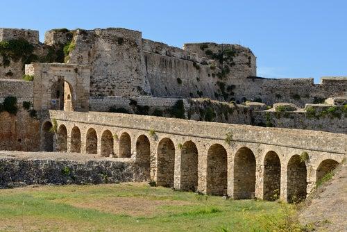Modona en Grecia