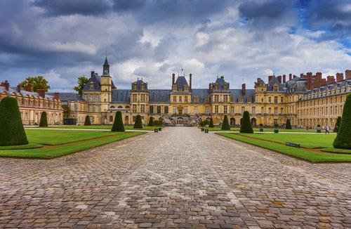 El palacio renacentista de Fontainebleau y sus secretos