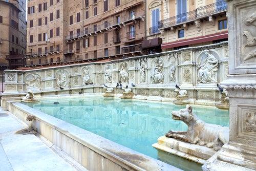 Fuente Gaia en Siena