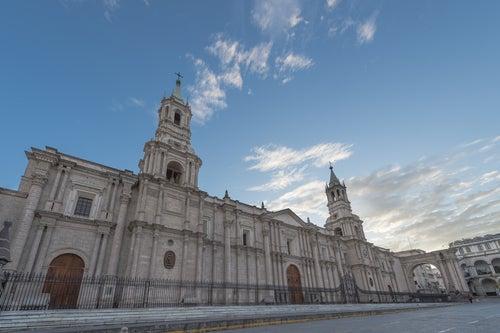 """Arequipa, la """"Ciudad Blanca"""" de Perú"""