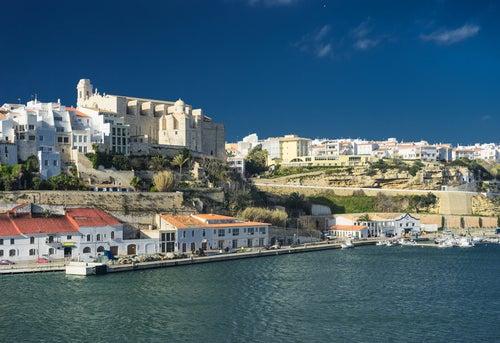 Mahón, lugar para alojarse en Menorca