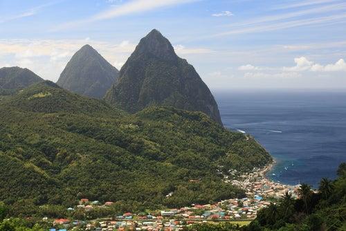 Montañas Pitons en Santa Lucía
