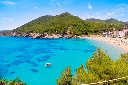 4 rutas en coche por Ibiza