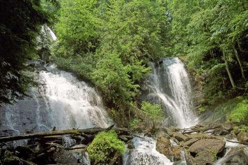 Ruby Falls en río Paraíso