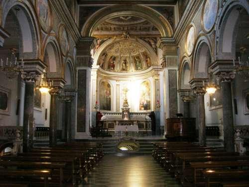 Basílica de San Antonio en Sorrento