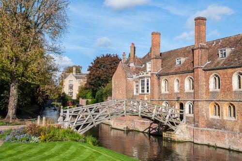 Puente de Newton en Cambridge