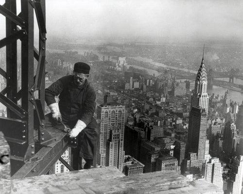 Trabajador en el Empire State Building
