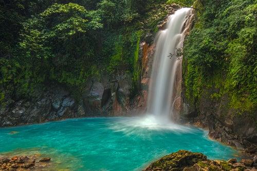 Río-Celeste en Costa Rica
