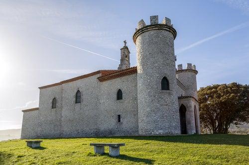 Ermita de la Virgen de la Guía en Llanes