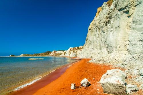 Playa de Xi en Cefalonia