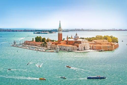 Descubre las islas de la laguna de Venecia