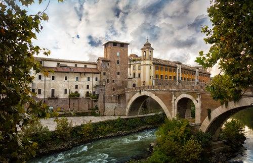 Puente de Sant Angelo en el Trastevere