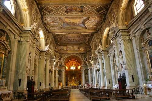 Iglesia de San Agustín en Módena