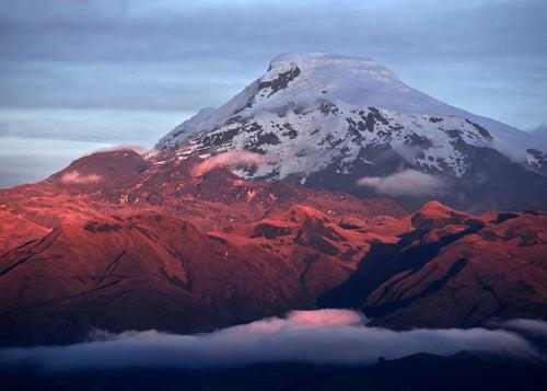 Volcán Cayambe en Ecuador