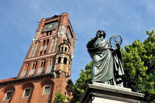 Estatua deNicolás Copérnico en Torun