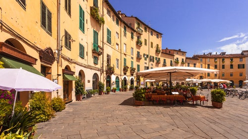 Plaza del Anfiteatro en Lucca