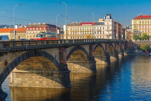 Puente Palacký en Praga