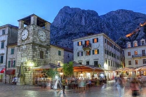 Plaza Oruzja en Kotor