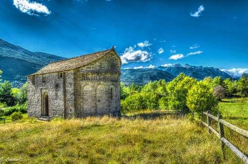 Visitamos las iglesias del Serrablo en el Pirineo aragonés