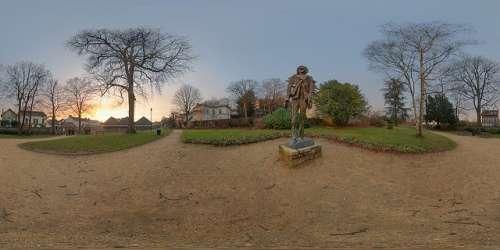 Estatua de van Gogh en Auvers-sur-Oise